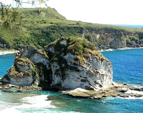 by _Zinni_ on Flickr.Bird Island, Saipan, Micronesia.