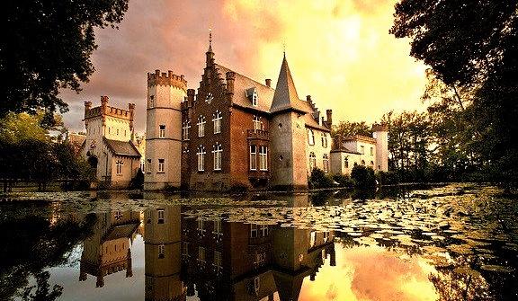 by fischerfotografie.nl on Flickr.Stapelen Castle near the town of Boxtel - North Brabant, Netherlands.