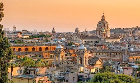 Sunset above the eternal city, Rome / Italy